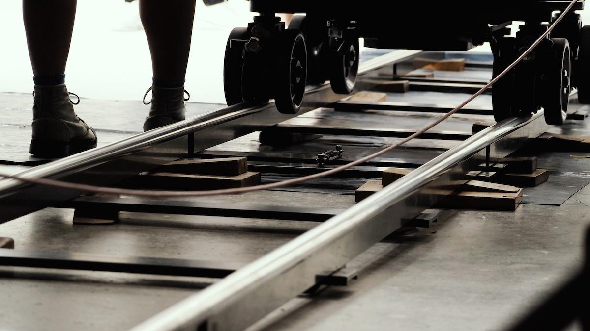 Hur man använder Dolly Shots för att förvandla din film