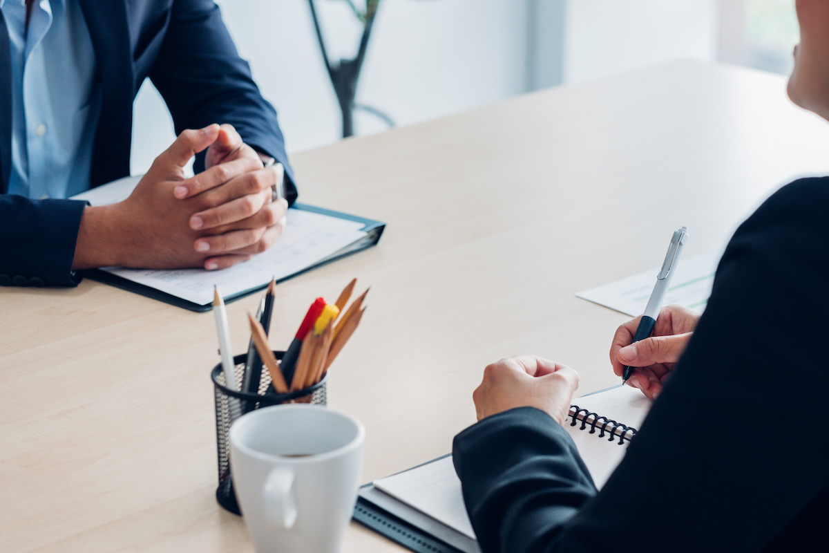 Come negoziare uno stipendio: 7 consigli per ottenere un'offerta migliore