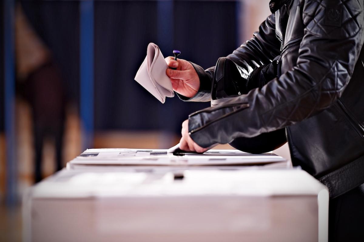 Quels sont les différents types de candidats politiques ? En savoir plus sur les candidats politiques et les différents niveaux de mandat législatif