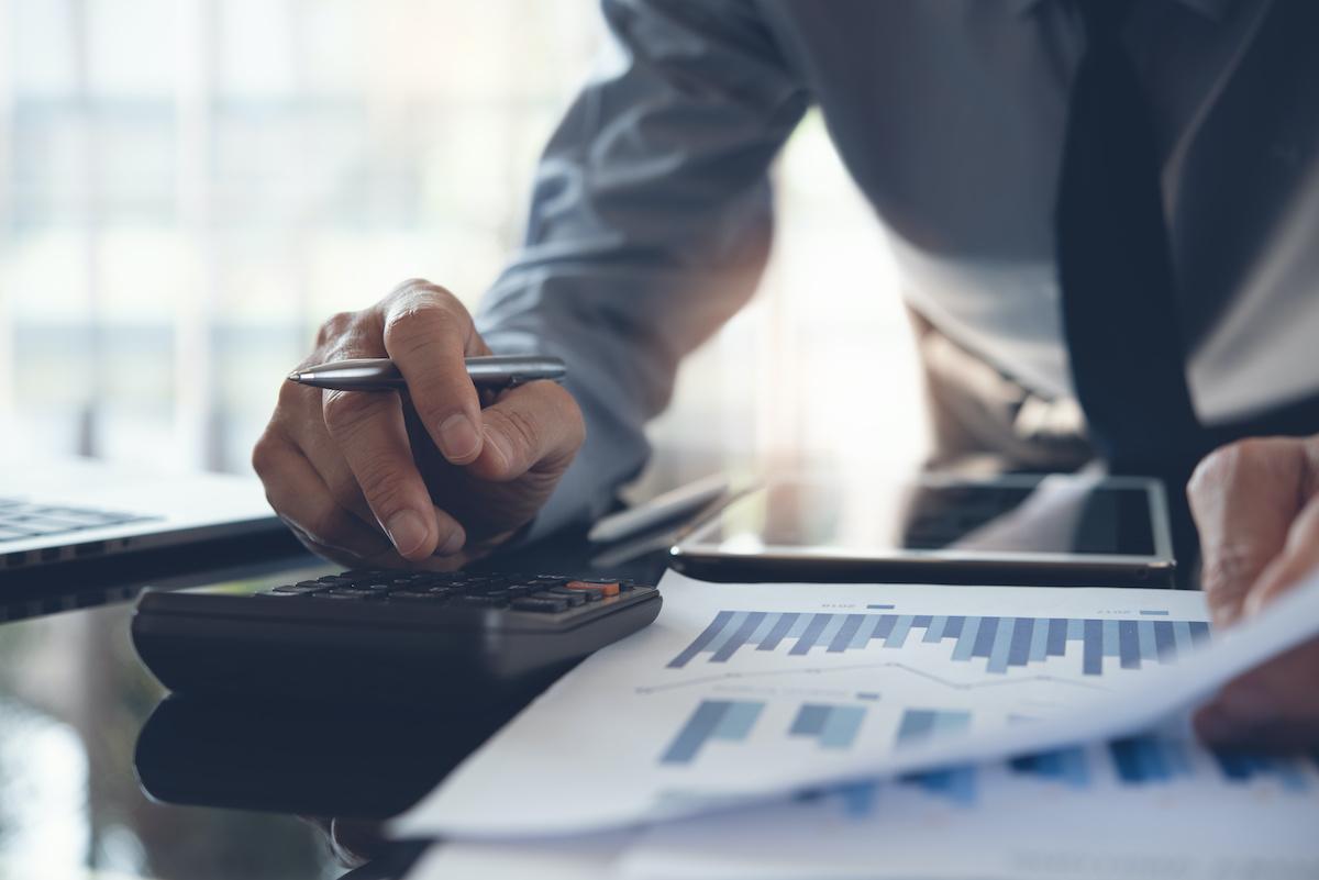 Chiffre d'affaires contre bénéfice brut: quelle est la différence?