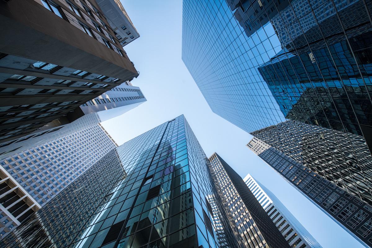 Entreprises privées vs entreprises publiques: 5différences clés