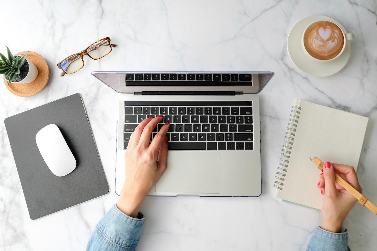 एक ऑनलाइन व्यापार कैसे शुरू करें: 6 ऑनलाइन व्यापार विचार