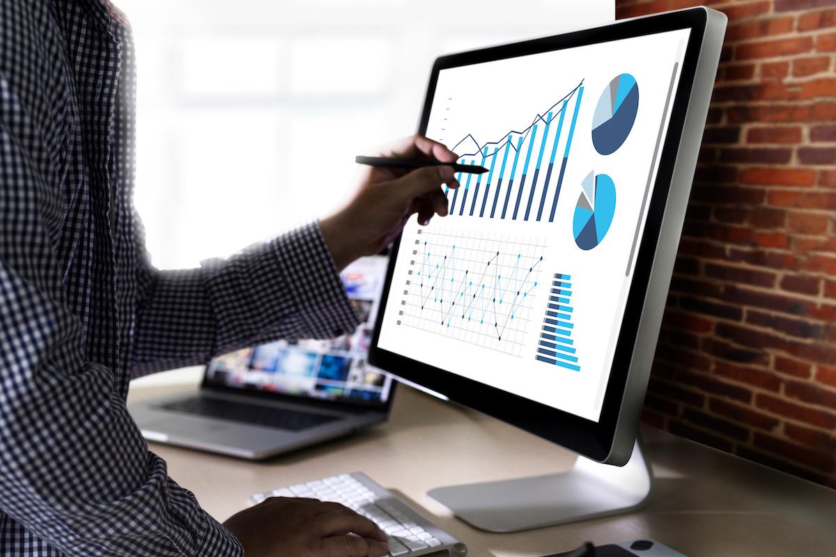 Bases de données CRM: comment les entreprises gardent une trace de leurs clients