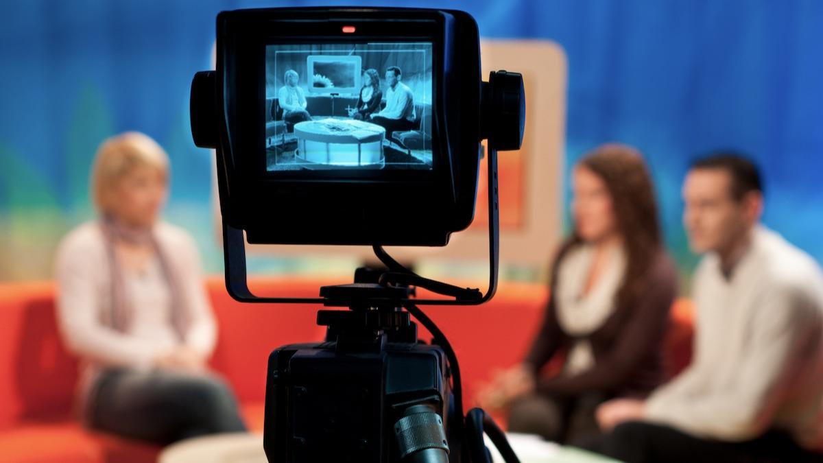 Cum să desfășori un interviu de televiziune excelent
