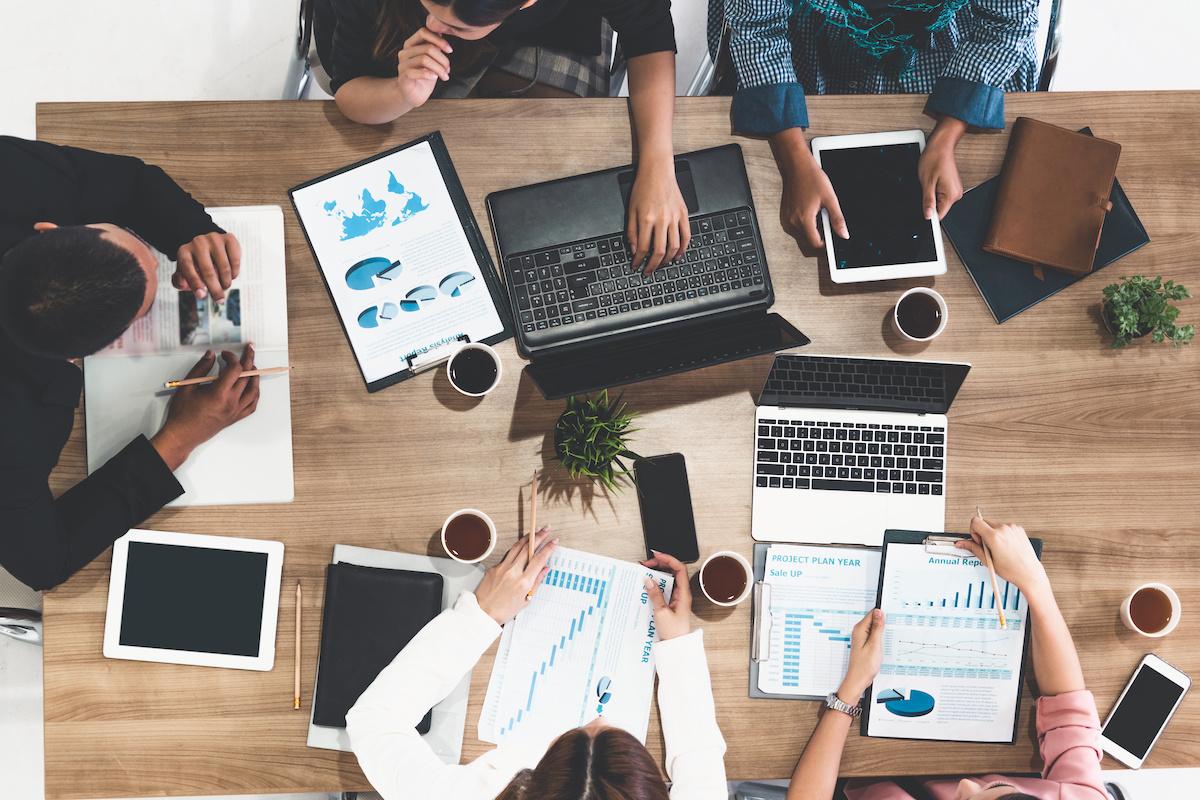 Müügi ja turunduse juhend: määratlus ja peamised erinevused