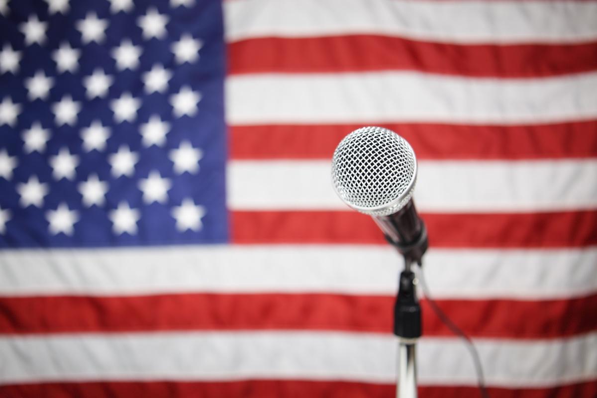 Qu'est-ce que la messagerie de campagne? Décrypter les outils que les campagnes politiques utilisent pour atteindre leurs électeurs