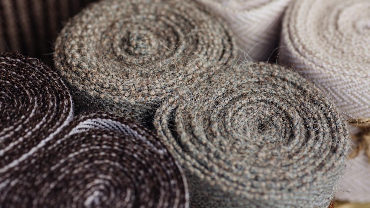 Guide du tissu de laine : 9 types de laine