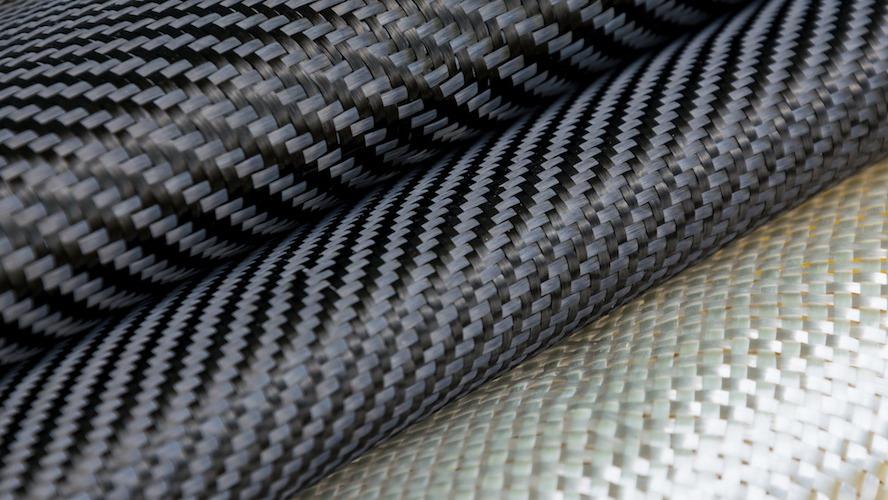 Qu'est-ce que le tissu sergé? Définition et caractéristiques du tissage sergé populaire