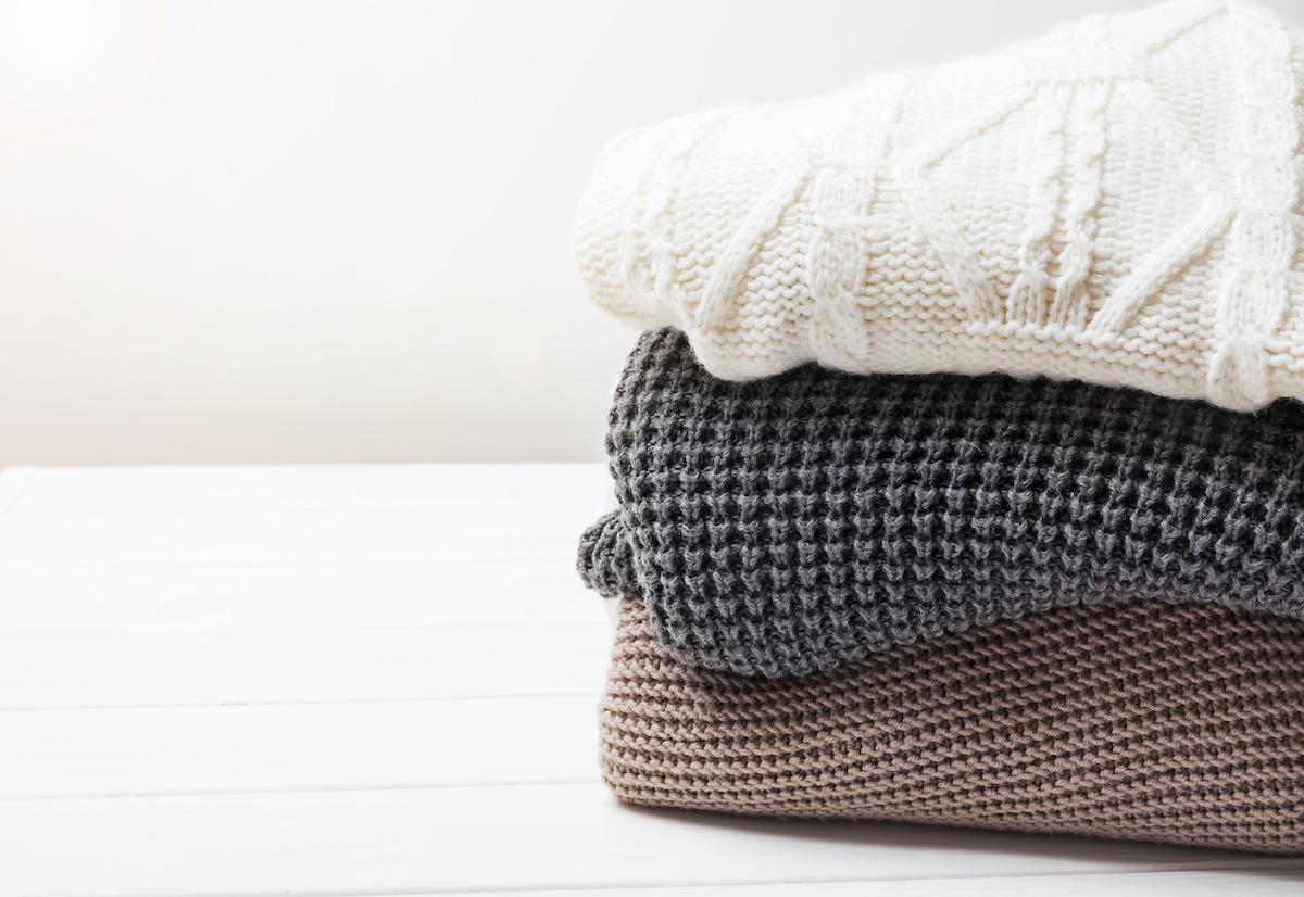 आपको गर्म रखने के लिए 16 प्रकार के स्वेटरeat