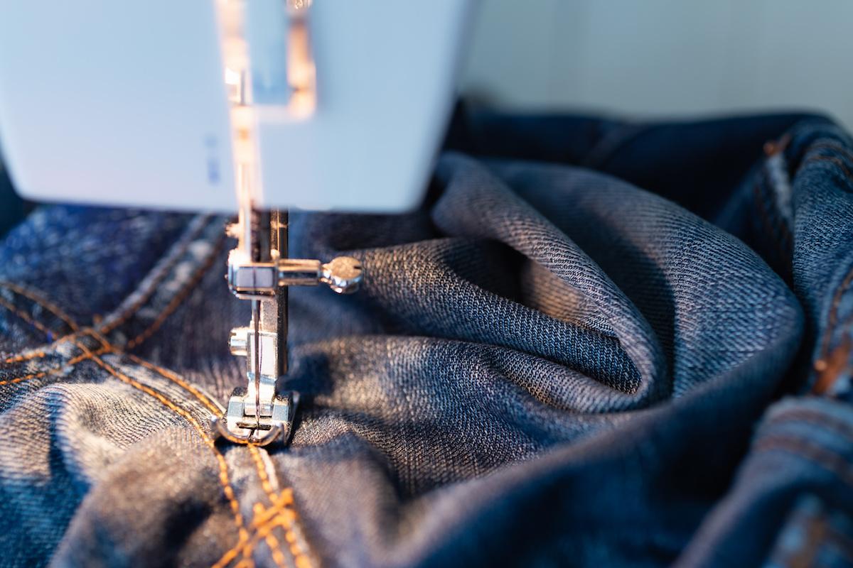 7 különböző típusú varrás és hogyan kell használni őket a ruhákban