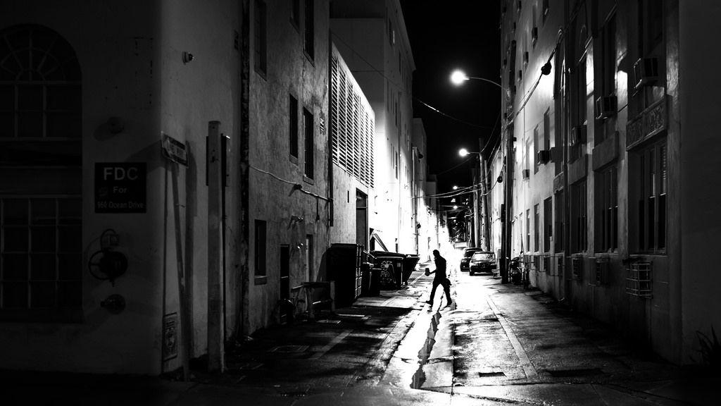 Mustvalge fotograafia täielik juhend: näpunäited, tehnikad ja mustvalge pildistamise subjektide valimine