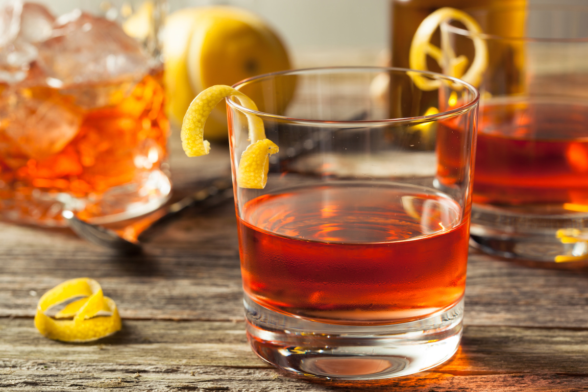 Comment faire un Sazerac: Recette de cocktail Sazerac