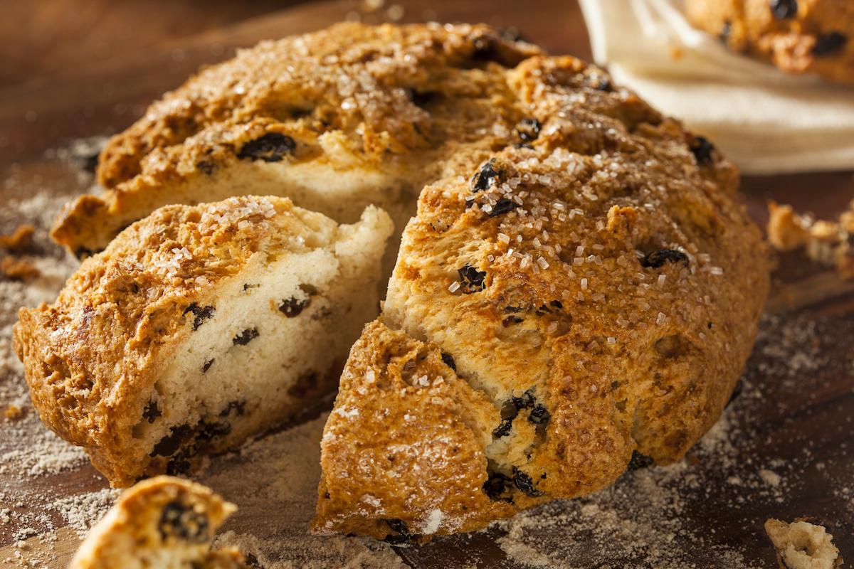 Recette de pain au soda irlandais traditionnel: Comment faire du pain au soda maison facile