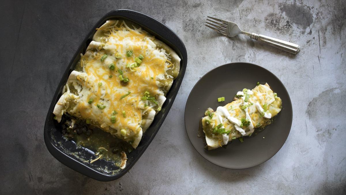 Kuidas teha kana Enchiladasid: lihtne Enchilada retsept