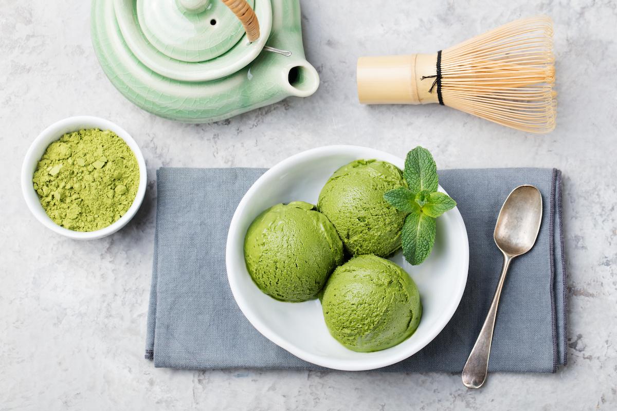 สูตรไอศกรีมชาเขียว: เคล็ดลับในการทำไอศกรีมมัทฉะ