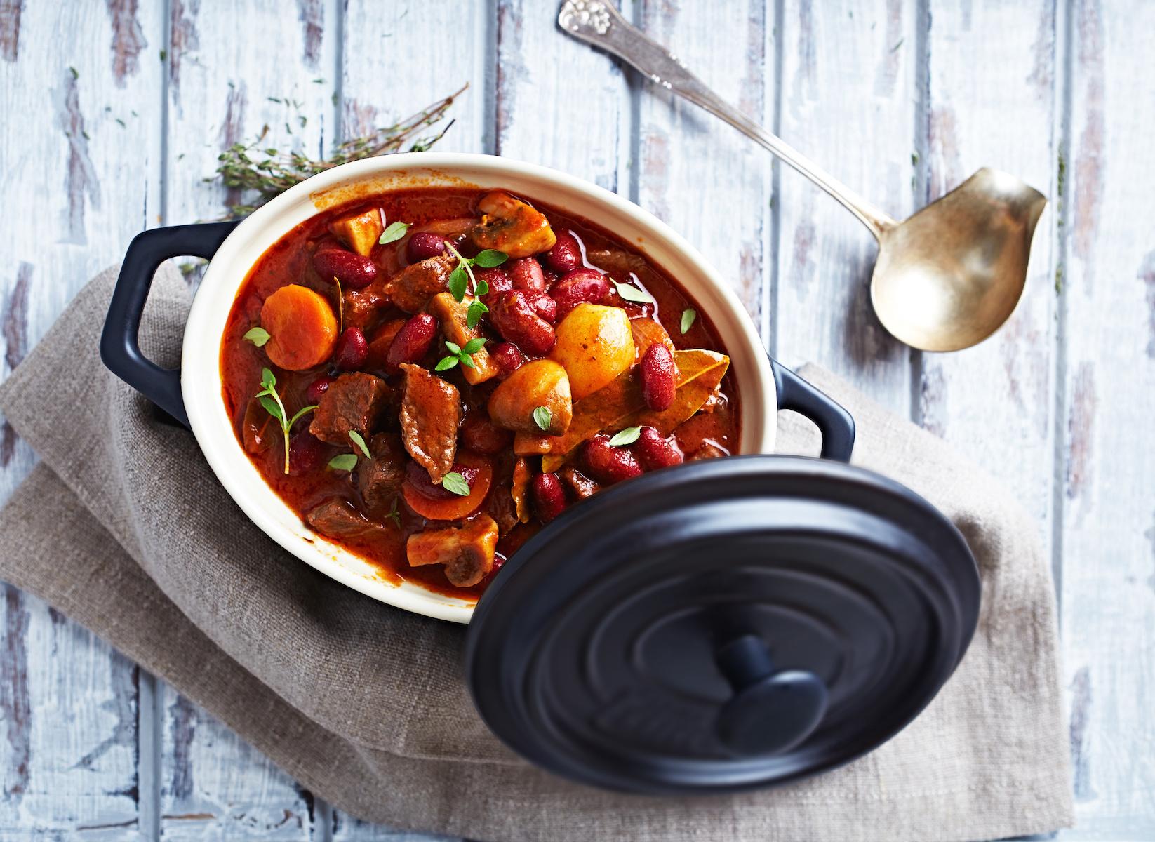 Recette facile de rôti de pot à la mijoteuse: Comment faire cuire le meilleur rôti de pot