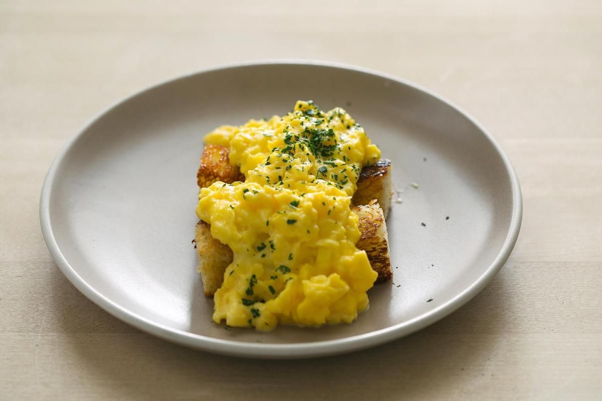 Chef Thomas Keller's Oeufs Brouillés Recipe (French Scrambled Eggs)
