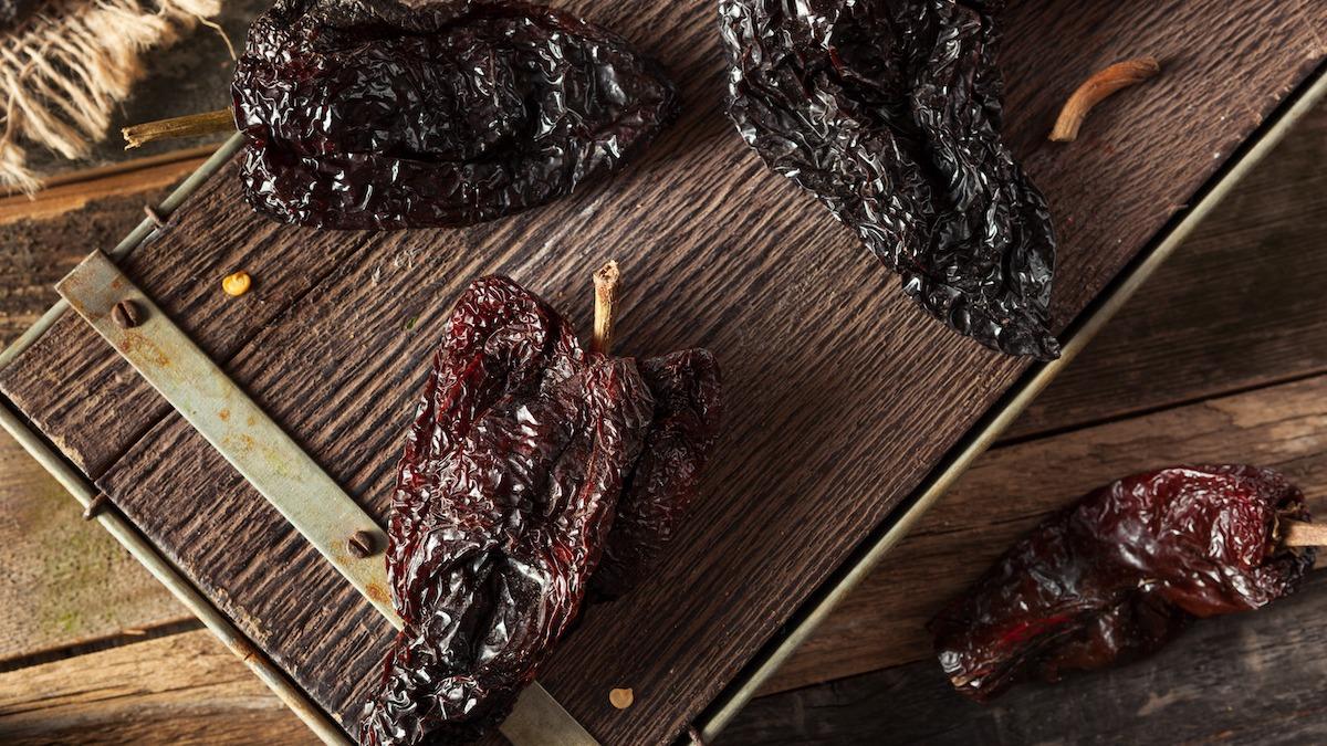 Руководство по перцу Chipotle: как готовить с Chipotle Chiles