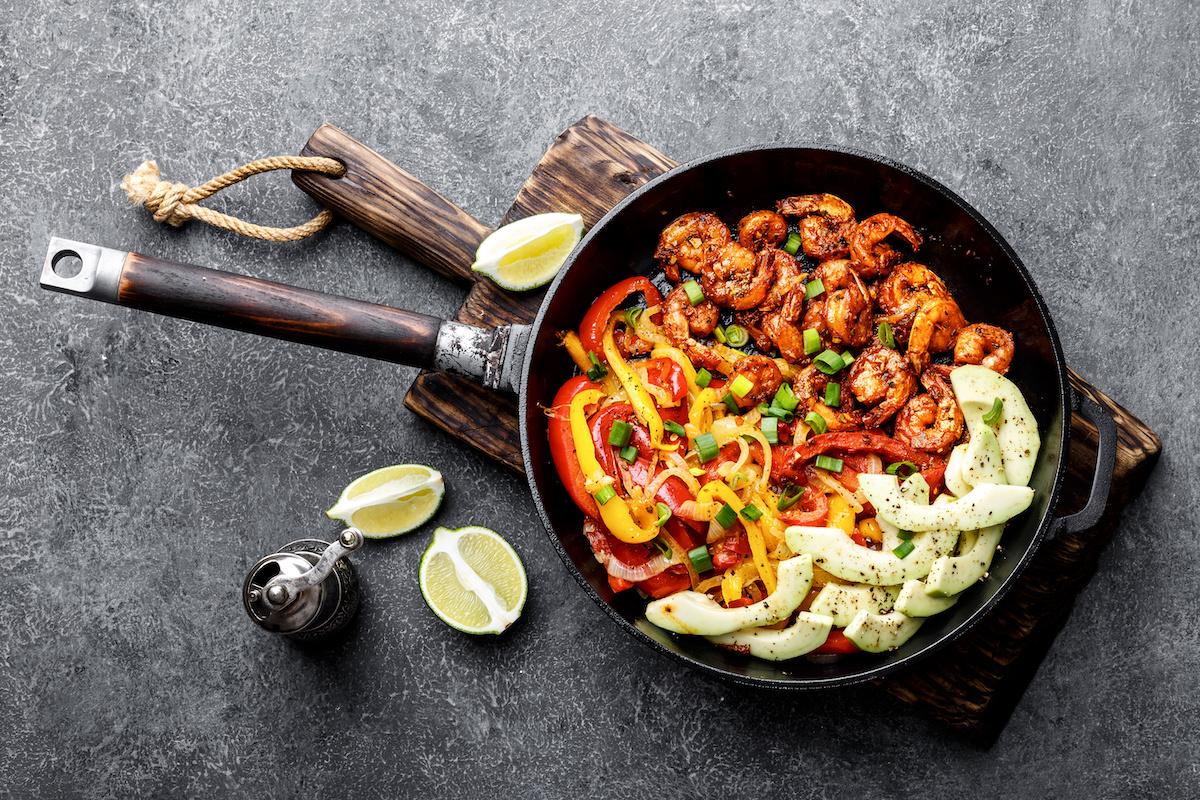 Recette authentique de camarones à la diabla : comment cuisiner des crevettes farcies