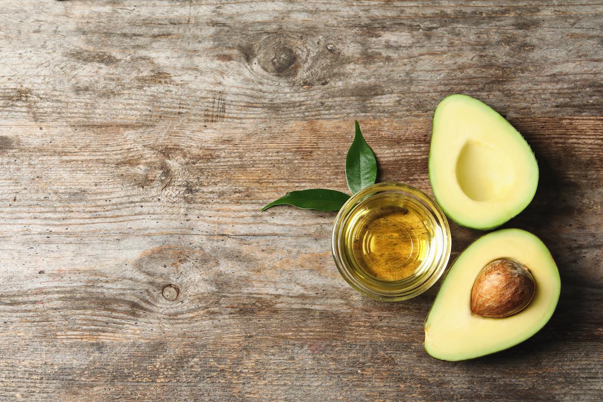Что такое масло авокадо? Руководство по приготовлению пищи с маслом авокадо