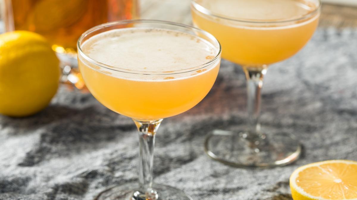 Classic Corpse Reviver No. 2 Recept za koktel