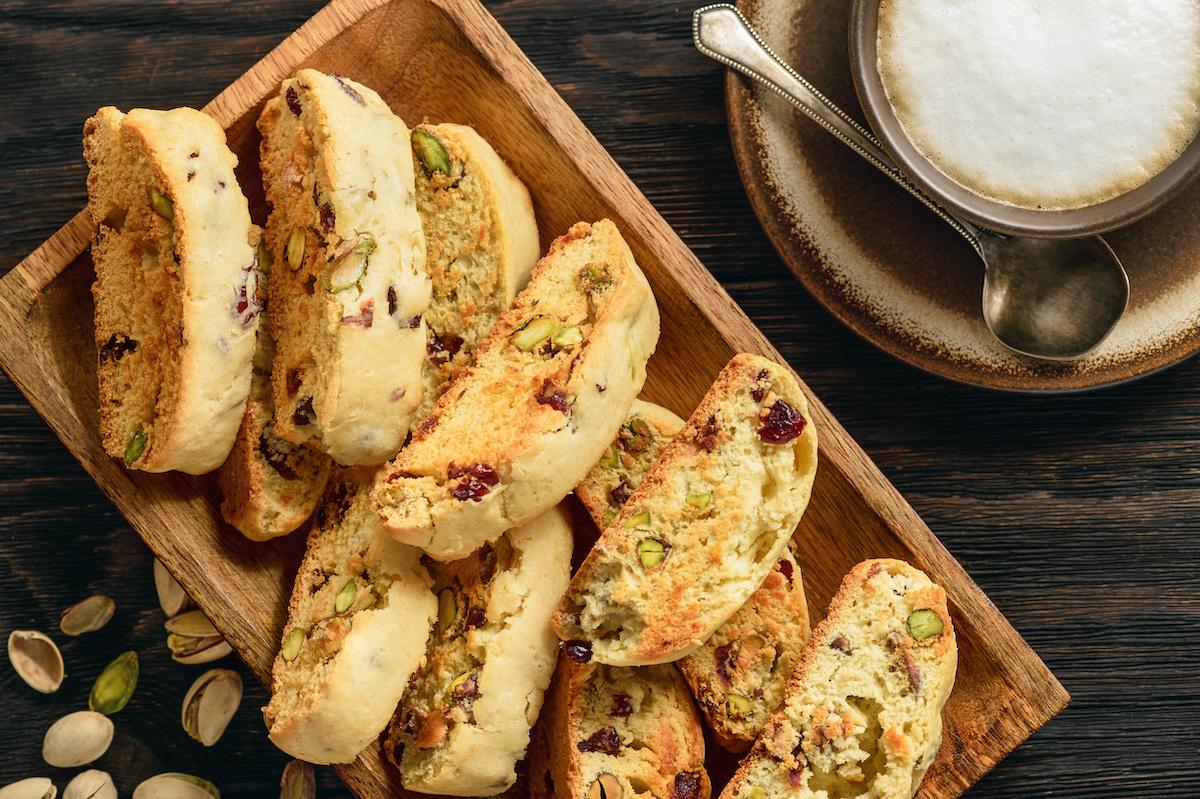 How to Make Biscotti: क्लासिक पिस्ता बिस्कुट पकाने की विधि