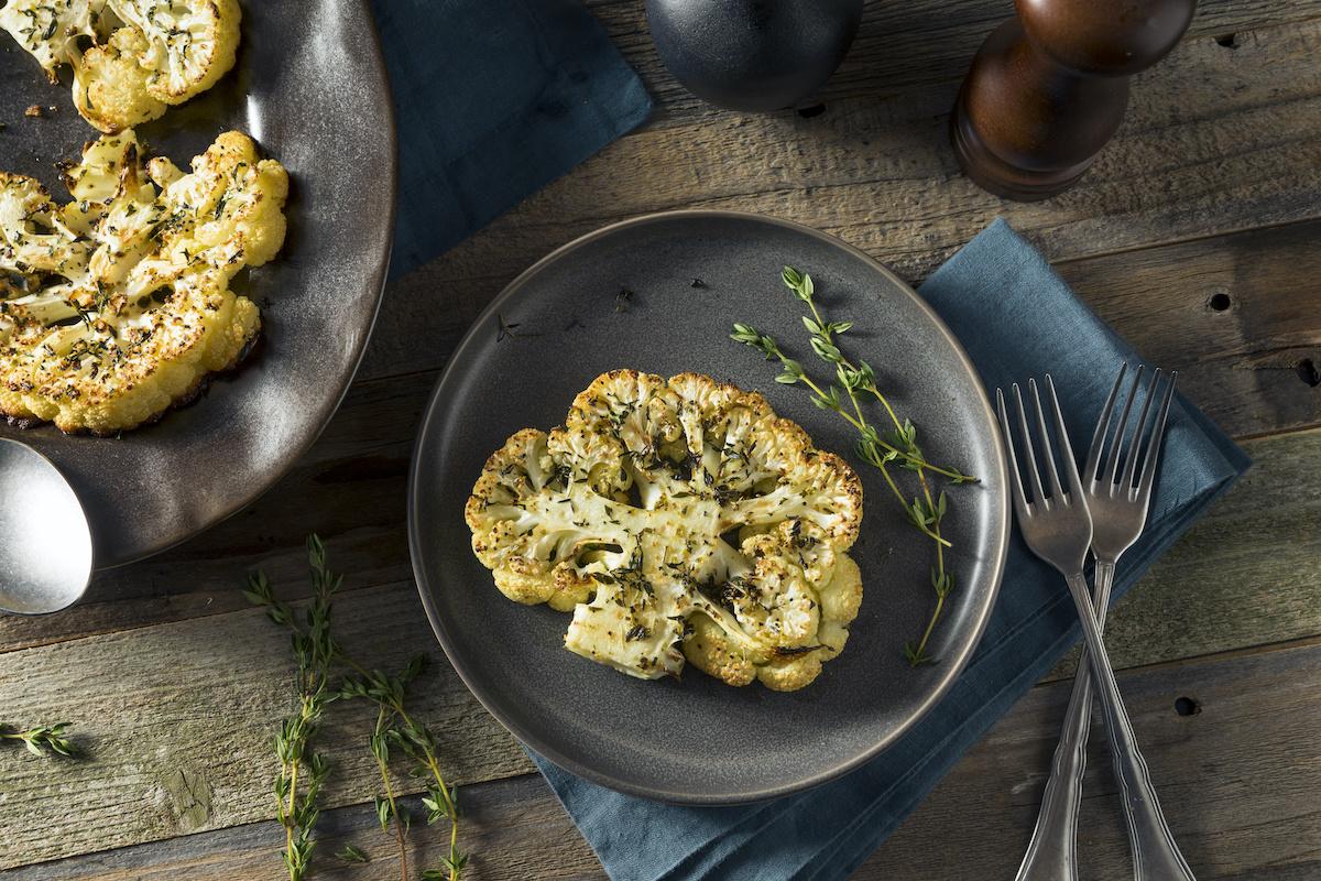 Comment faire un steak de chou-fleur: Recette de steak de chou-fleur