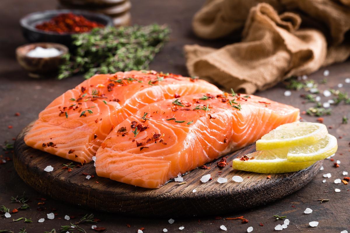 Apprenez à cuisiner du saumon de 8 façons différentes, plus 20 idées de recettes de saumon