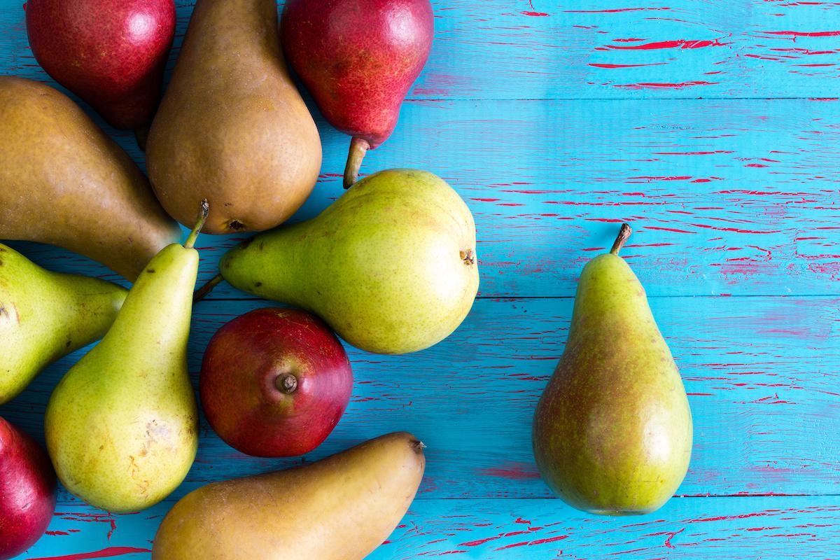 10 diversi tipi di pere: come raccogliere le pere e cucinare con varietà di pere