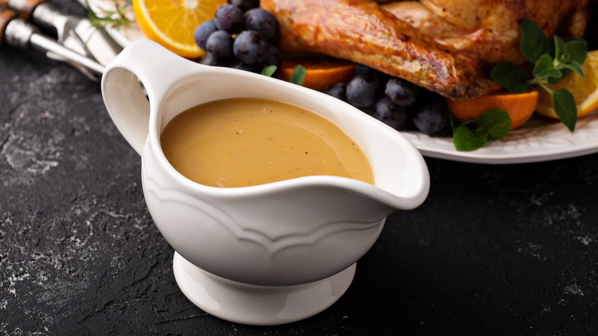 Come preparare il sugo in 3 modi: sugo di sgocciolamento in padella, sugo senza glutine e sugo cremoso