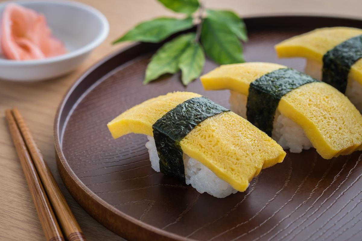 Recette de Tamago Sushi: Comment faire des sushis japonais Tamago