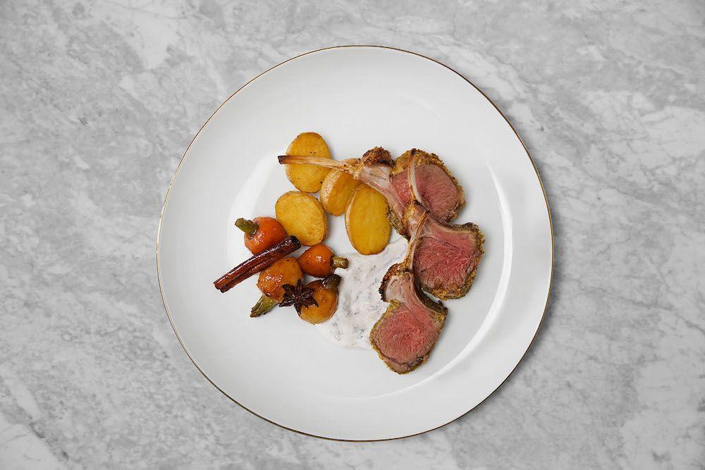 La recette de Gordon Ramsay pour un carré d'agneau parfait