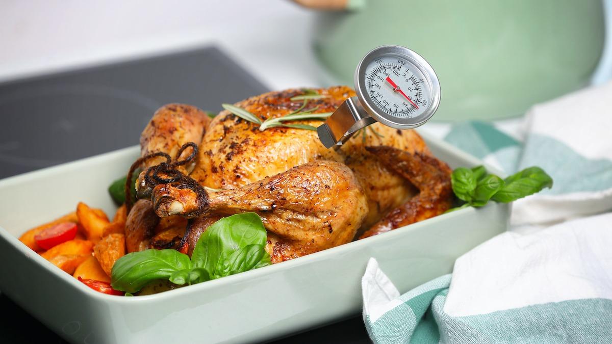 Húshőmérő használata az étel megfelelő elkészítéséhez