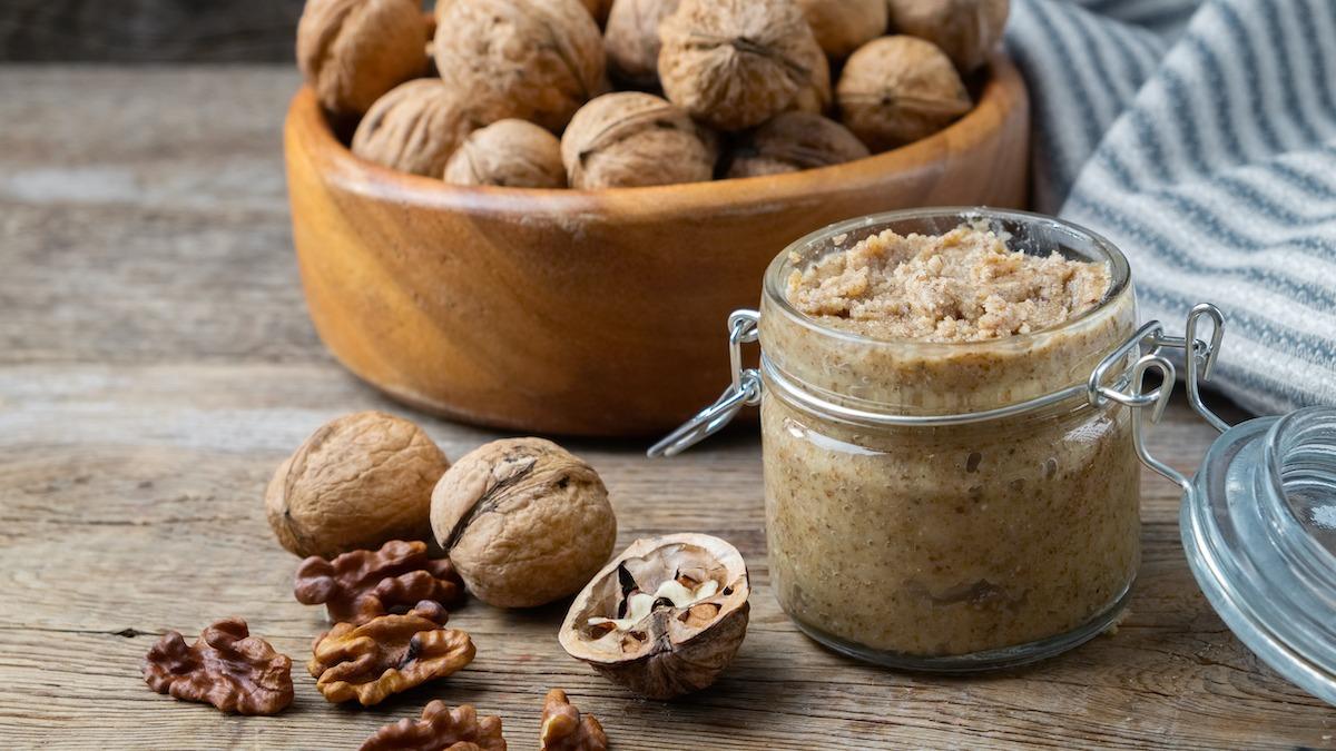 Recette classique de beurre de noix maison