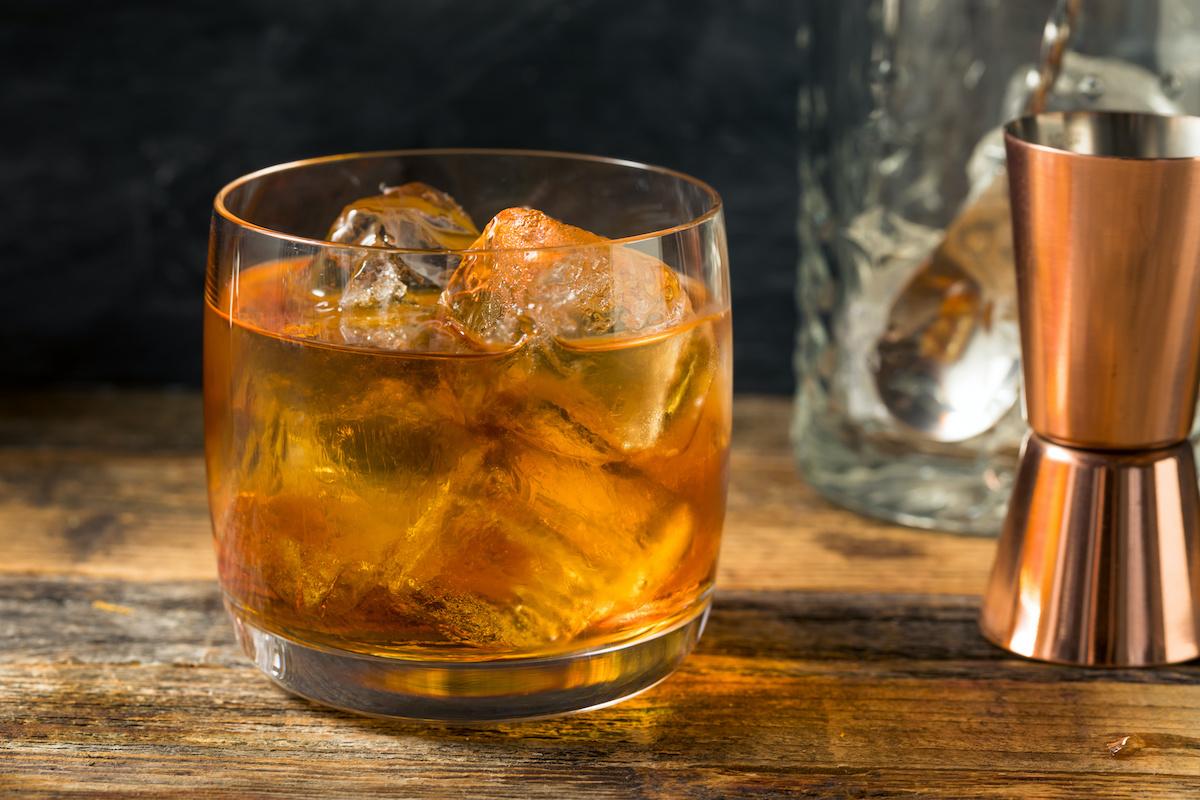 Guida all'amaretto italiano: 5 modi per gustare il liquore all'amaretto