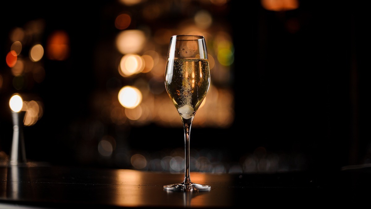 Comment faire un cocktail au champagne classique