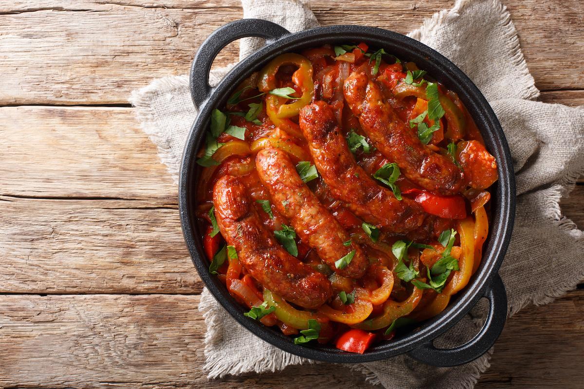 Kako napraviti pečenu talijansku kobasicu i papriku kod kuće