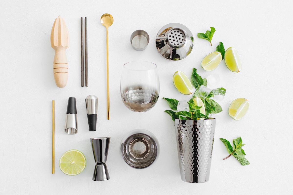 17 hädavajalikud miksoloogilised tööriistad koduseks baarimiseks