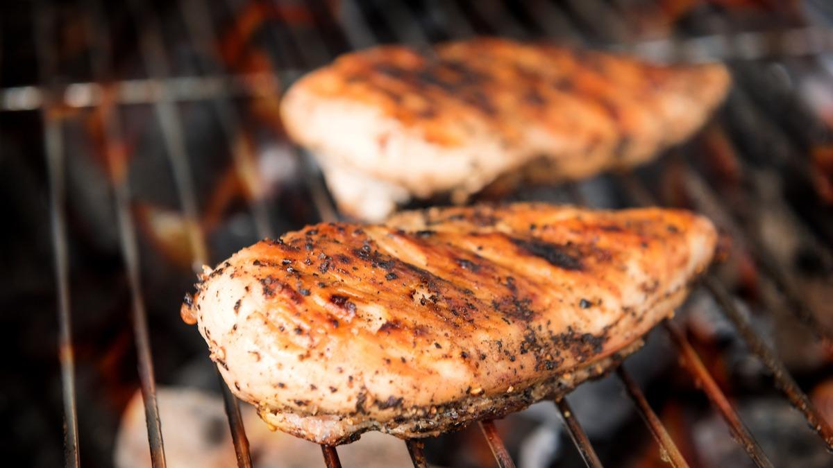 Come grigliare il petto di pollo alla perfezione