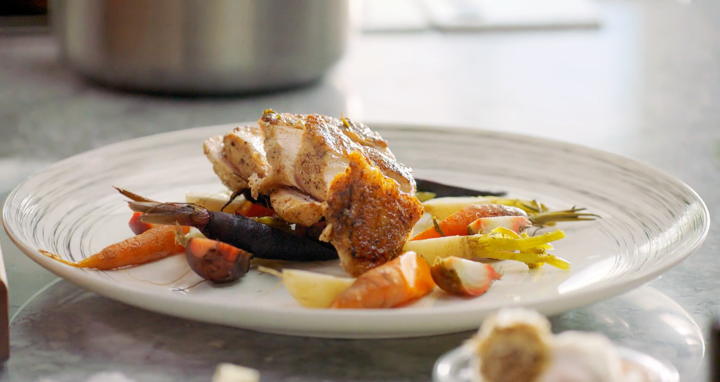 Chicken Suprême: Origins, Tips och Chicken Suprême with Root Vegetables Recept