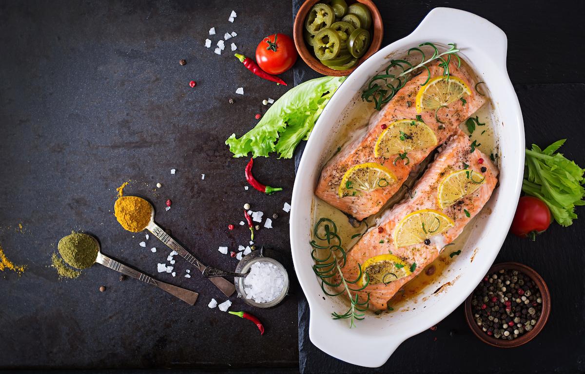 Recette facile de saumon au four: Comment faire un saumon parfait à la maison