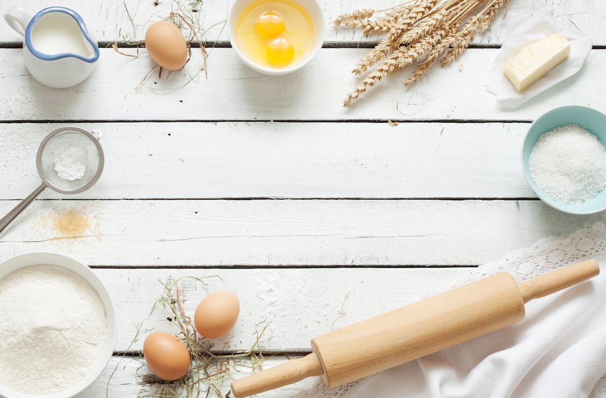 Come ridurre le ricette: qual è la metà di ½ tazza, ¾ tazza, ⅔ tazza e altro?