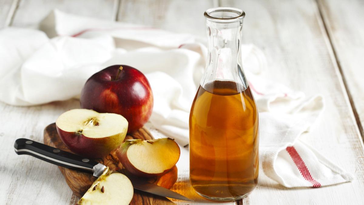 Mi az almaecet felhasználása? Hogyan készítsünk saját almaecetet otthon, és hogyan használjuk az ACV-t a főzéshez és a tisztításhoz