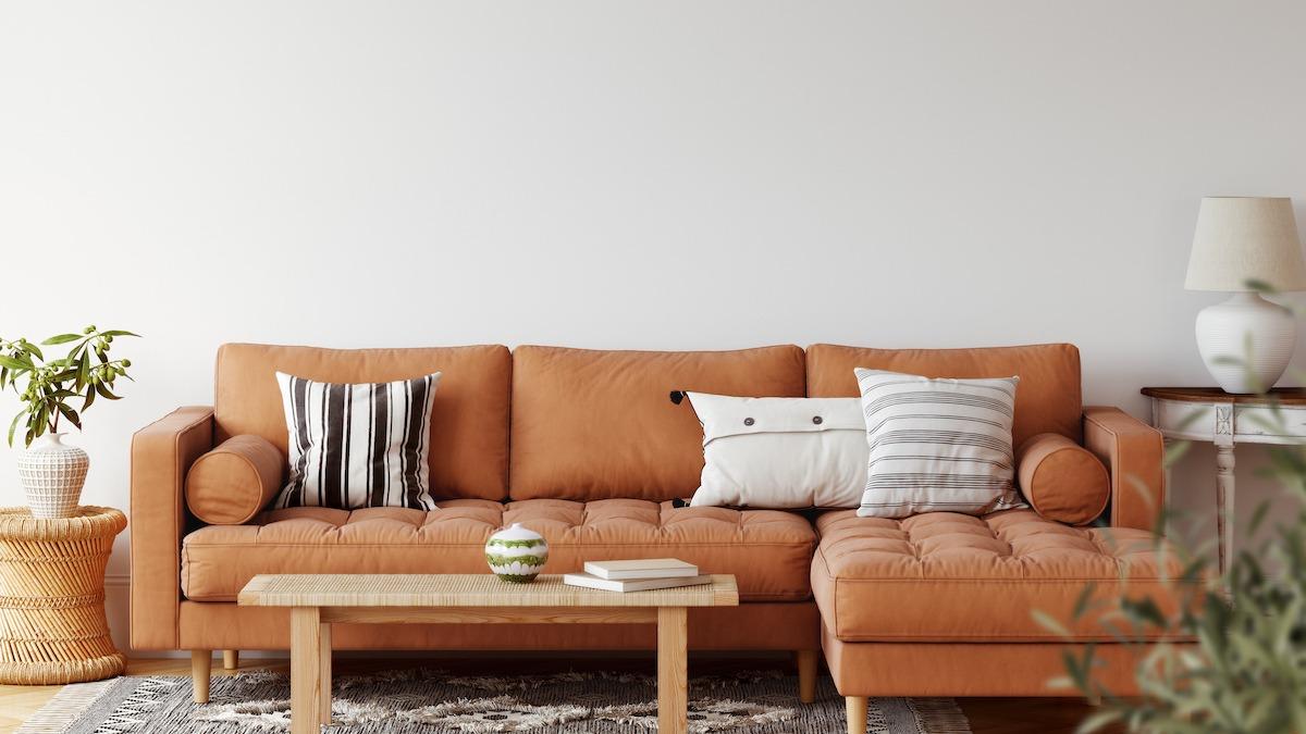 कैसे एक सोफे को फिर से खोलना: 8-चरणीय DIY ट्यूटोरियल