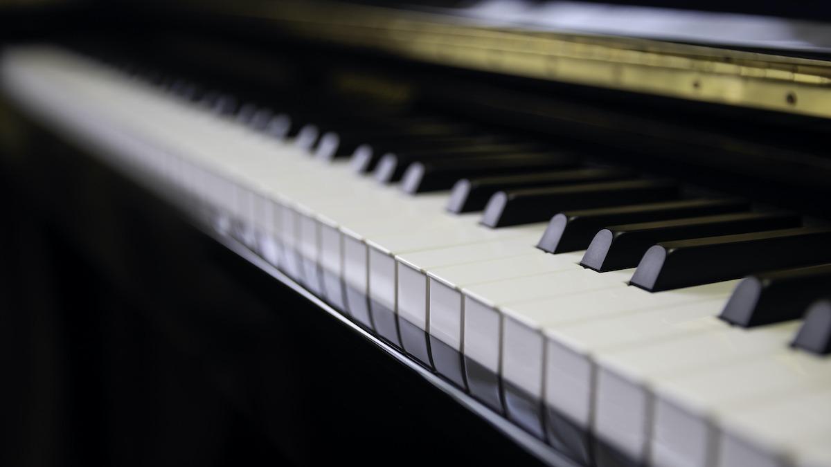 8 dijelova klavira: Kako klaviri proizvode zvuk