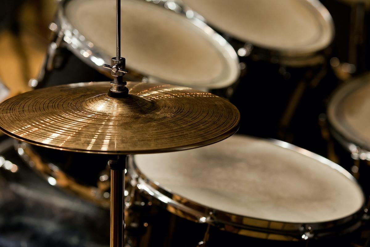 Une brève histoire de la batterie : à l'origine de la percussion