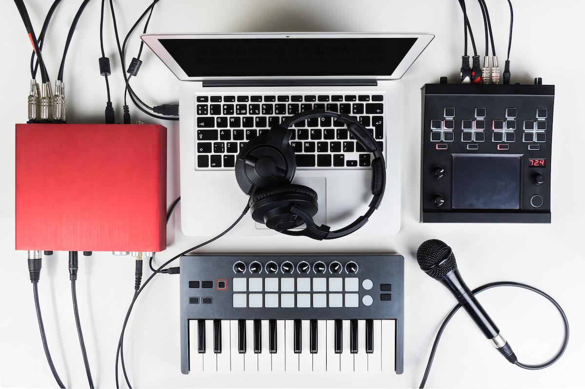 Home Recording Studio 101: Kako postaviti kućni studio za snimanje