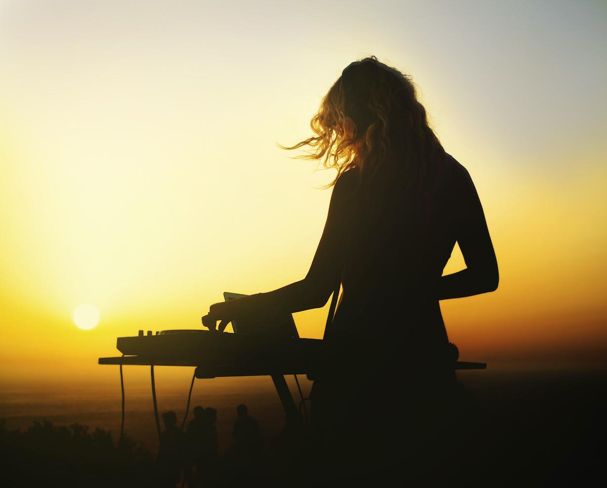 Guide de la musique d'ambiance : 5 caractéristiques de la musique d'ambiance