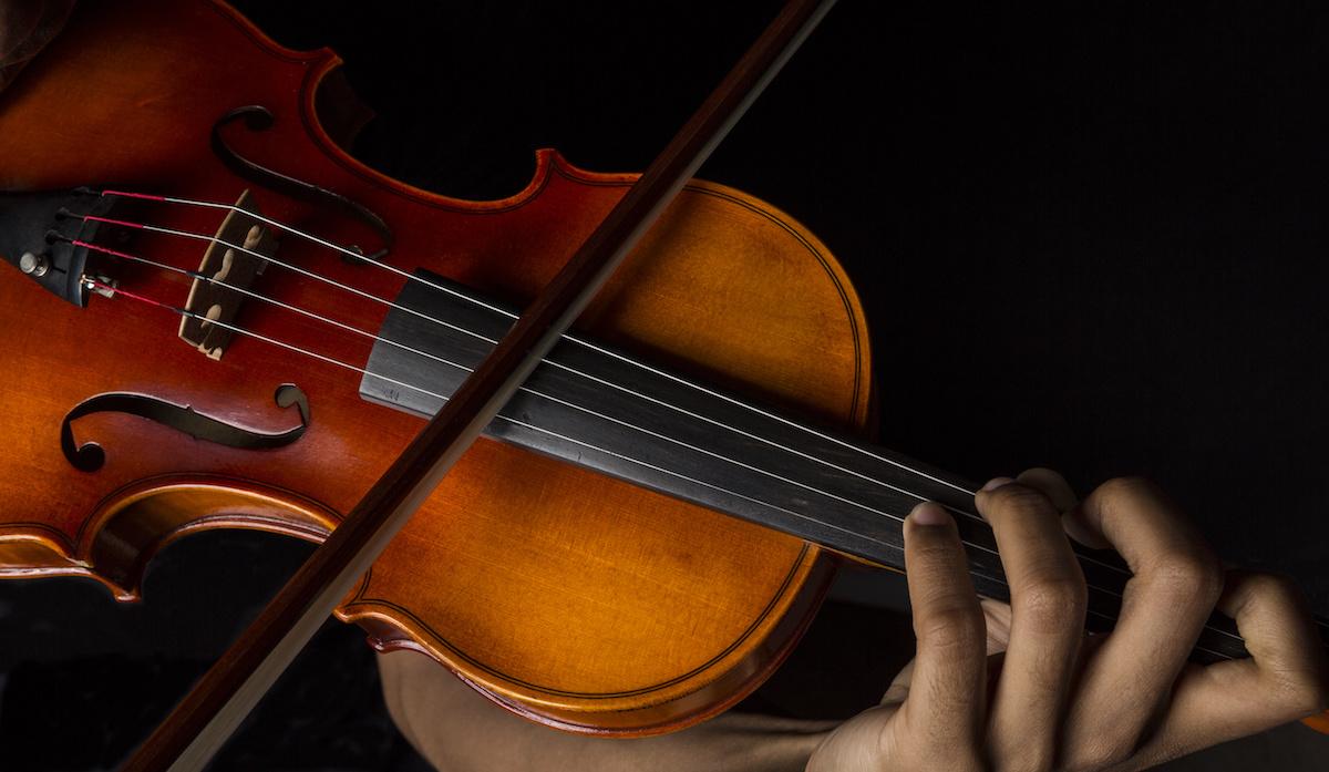 Violon 101 : Qu'est-ce que Détaché ? En savoir plus sur la technique du violon et la différence entre Detaché et Martelé