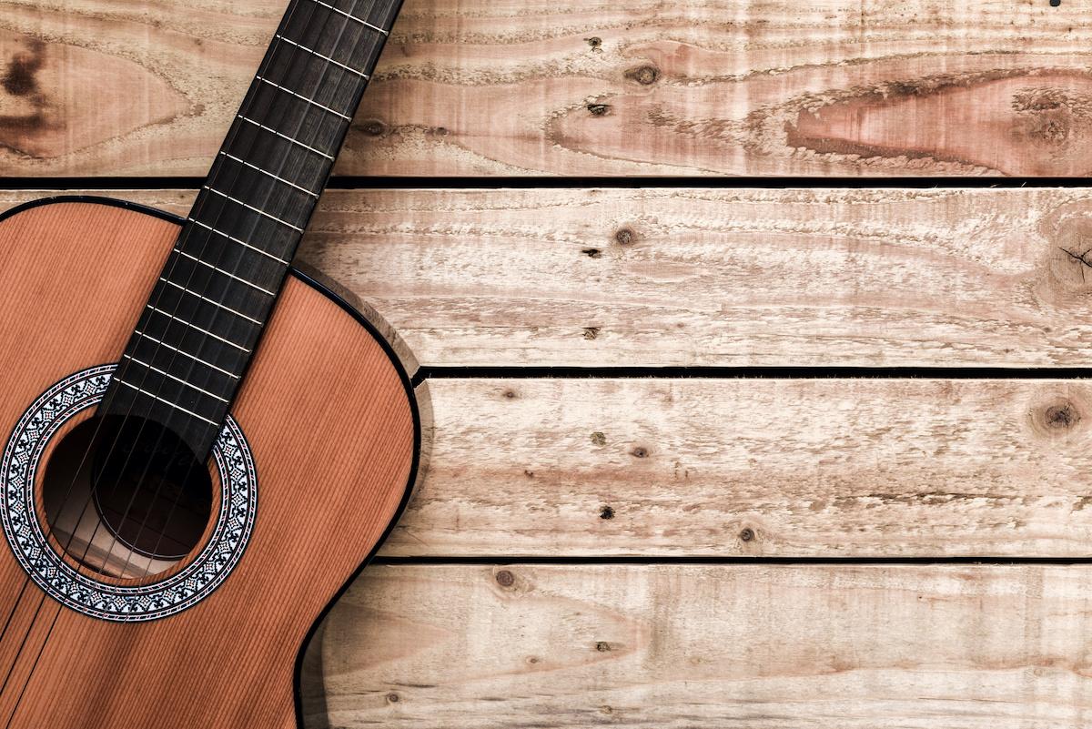 Guide de l'accordage libre à la guitare: 5accords alternatifs de base